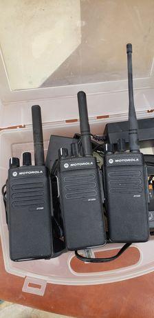 Stații UHF Motorola 2400e și 2400.