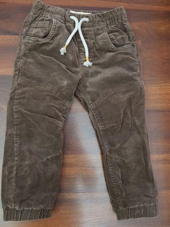 Pantaloni baieti Next