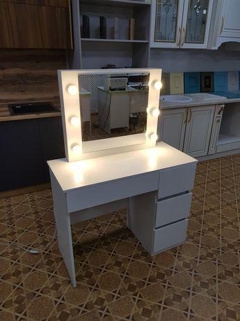 Продам совершенно-новый упакованный туалетный столик
