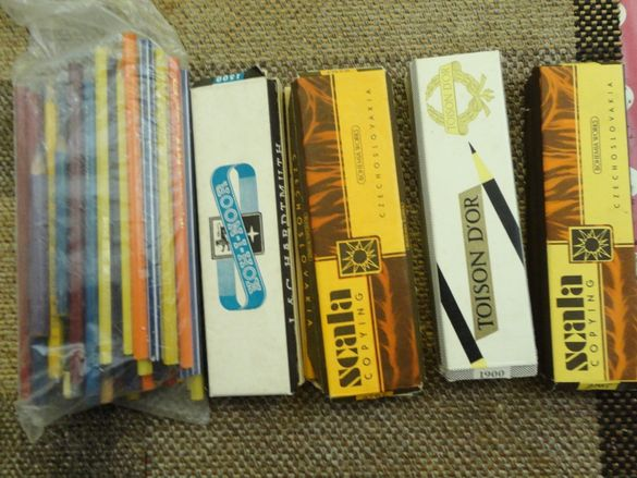 моливи внос 45лв за колекционери