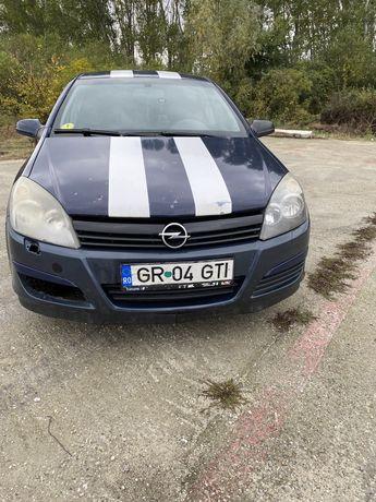 Opel astra H 2004