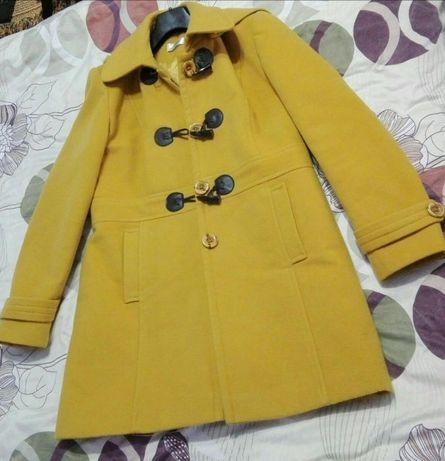 Palton culoare mustar