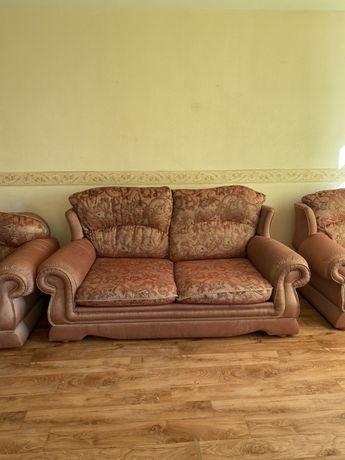 Продаются 3 дивана