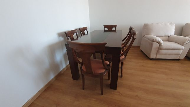 Masa lemn masiv si scaune stil (6 bucati ) lemn masiv nuc