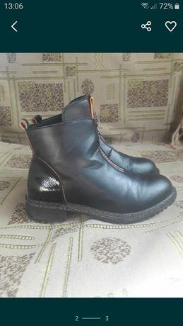 Ботинки осенние 34р