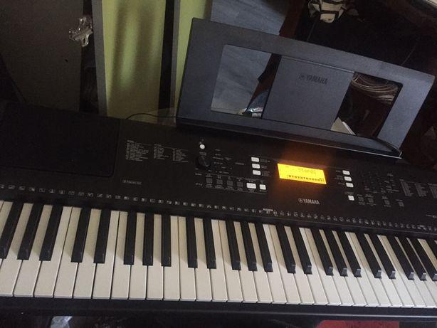 Yamaha psr 300
