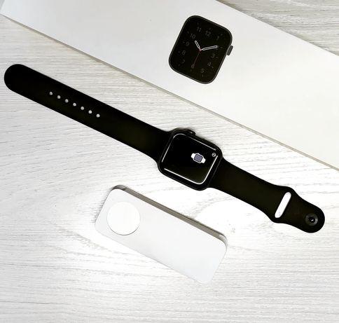 Apple watch se 44mm  в идеальном состоянии, на гарантии