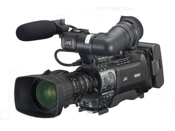JVC GY-HM700E професионална камера само 210 часа