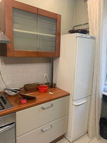 Продаю холодильник бу БОШ срочно