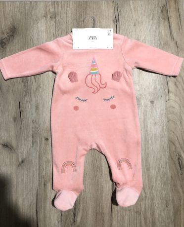 Combinezon bebe . Zara 1-3 luni