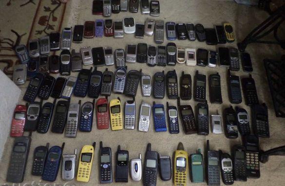 лот ретро телефони