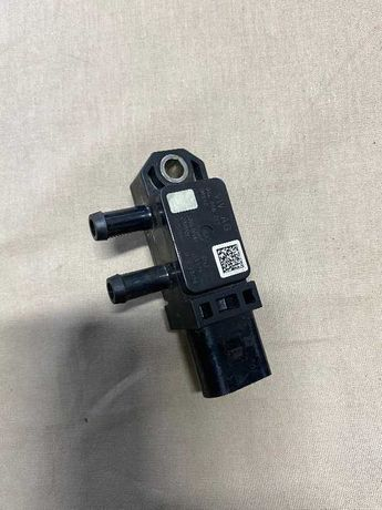 Senzor presiune gaze Octavia 3 Golf 7 Passat B8 cod 04L906051