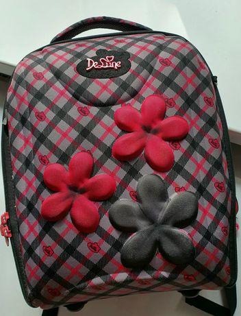 Школьный ранец, рюкзак, портфель для девочки