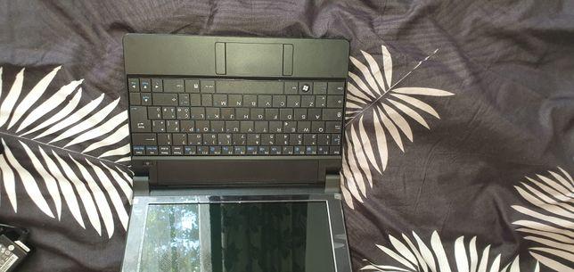 Laptop olivetti foarte putin folosit în cutie