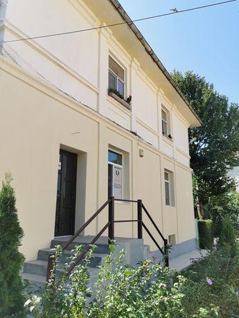 Apartament / Spatiu comercial / 3 camere Floresti PH
