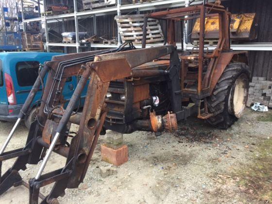 Dezmembrez tractor Renault 75-14LS