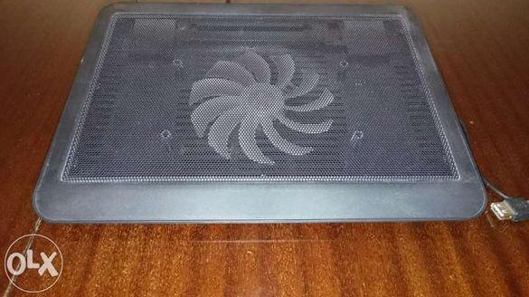 Стойка за лаптоп с вентилатор