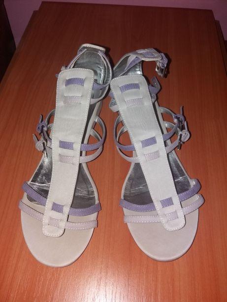 Sandale romane