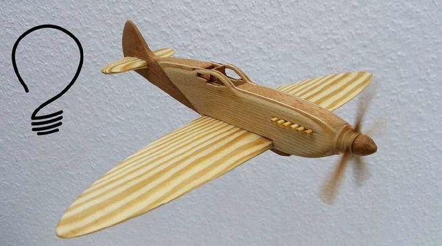 """avion """"spitfire"""""""