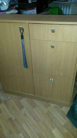 Шкаф для обуви в отличном состоянии