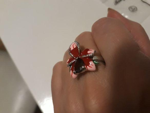 Дамски пръстен нов размер 5