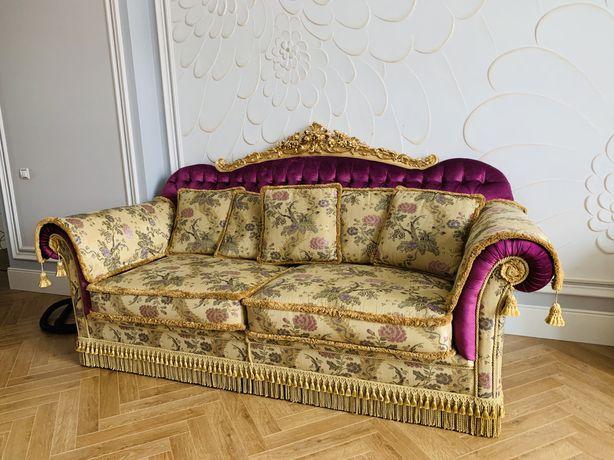 Продается шиарный диван, раздвижной. Производство Италия.