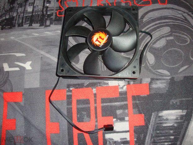 Вентилятор для ПК (компьютера) от Thermaltake Versa J22 T
