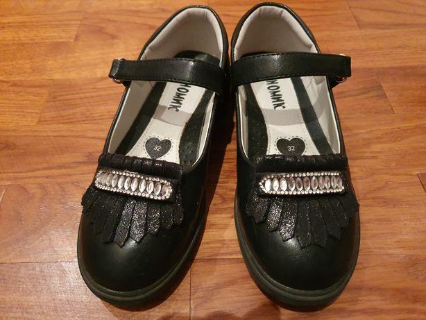 Туфли для девочки чёрного цвета, новые