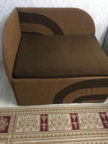 Продам Раскладывающее кресло