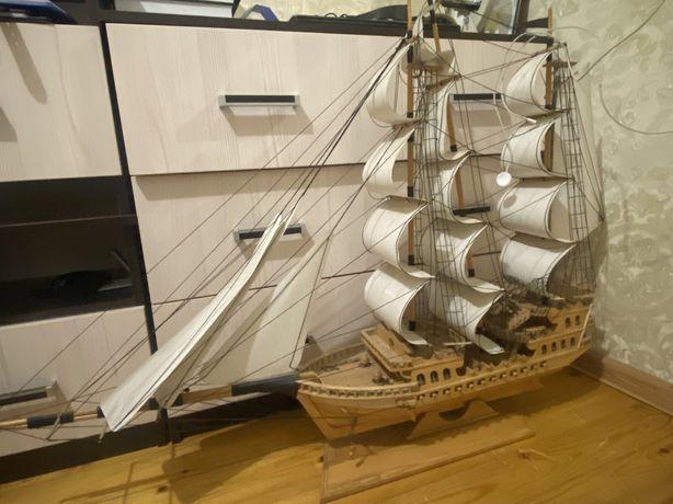 Продам корабль, ручная работа из дерева!