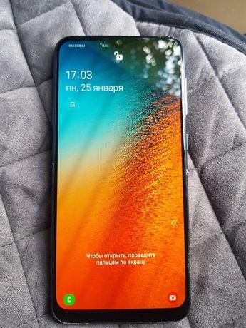 Samsung Galaxy A50 4/64 гб