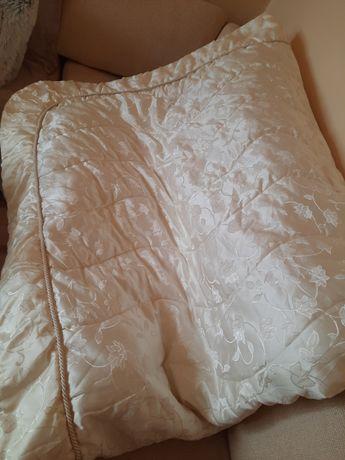 Луксозна кувертюра за спалня