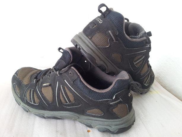Pantofi ECCO Gore-Tex piele si textil