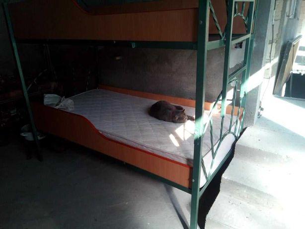 Oferta !!! pat supra etajat fier forjat+saltea ---birou cal.-scaun !!!