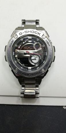 Часы Casio G-Shok, металлические.