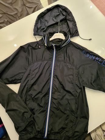 Мъжко яке-ветровка