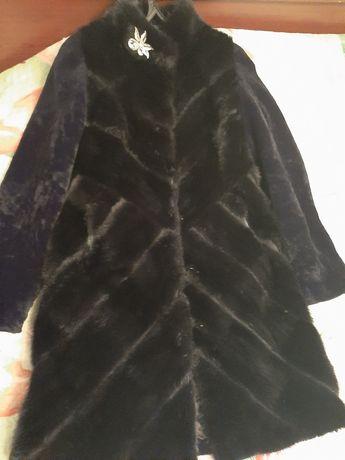 Стильная,теплая комбинированная шуба(норка,мутон)