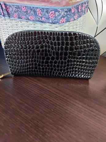 Продам чёрный кошелёк