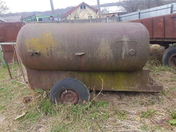 Cisternă 3 tone in stare buna