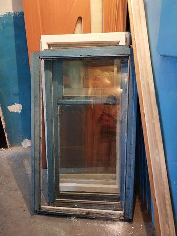 Отдам 6 рам со стеклом,двери ,обналичку