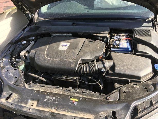 Dezmembrez Volvo XC70 motor 2.4 D5 D5244T10 euro 5