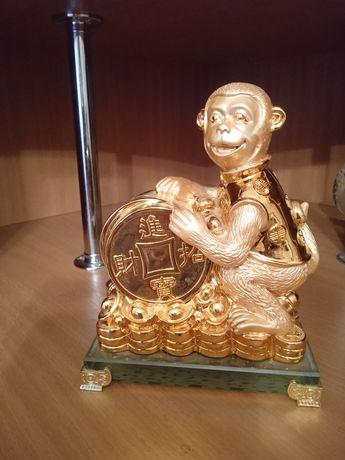 Обезьяна. Сувенир - для тех кто родился в год обезьяны.