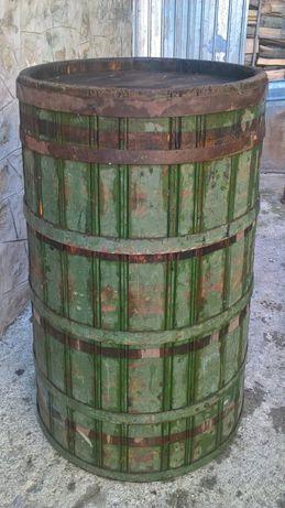 Vand 1 butoi/zacatoare lemn brad