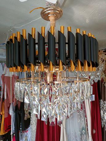 Продам люстры с пультом