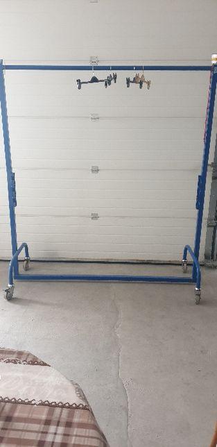Stendre/transport confectii