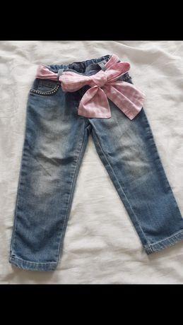 Продам джинсы для девочки 2-3 лет