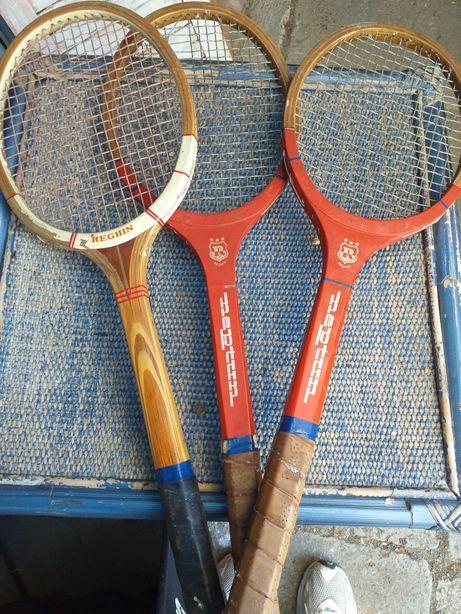 Racheta tenis de Reghin