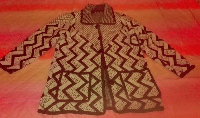 Vand jacheta din tricot