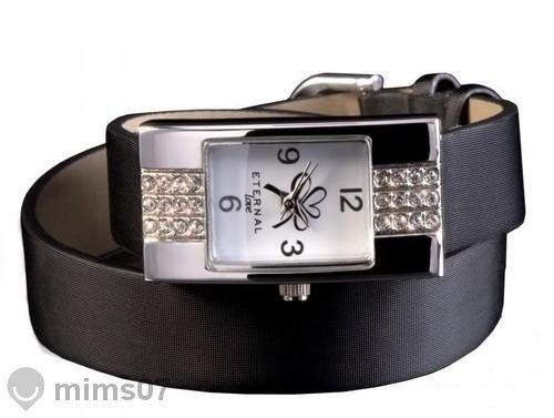 Намален! Стилен часовник с камъчета Сваровски