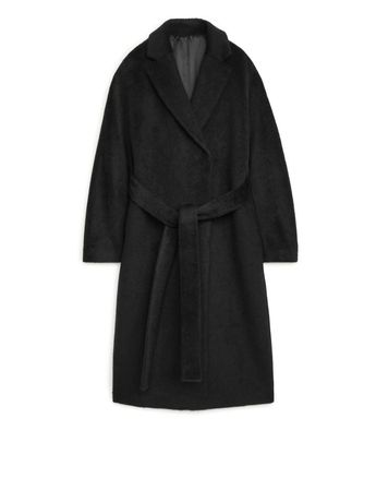 продам пальто черная